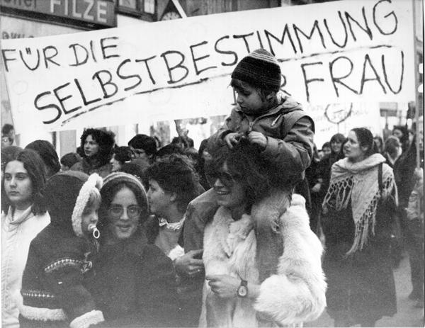 """Frauendemo 70er Jahre: """"Für die Selbstbestimmung der Frau"""" Foto: SPÖ-Frauen"""