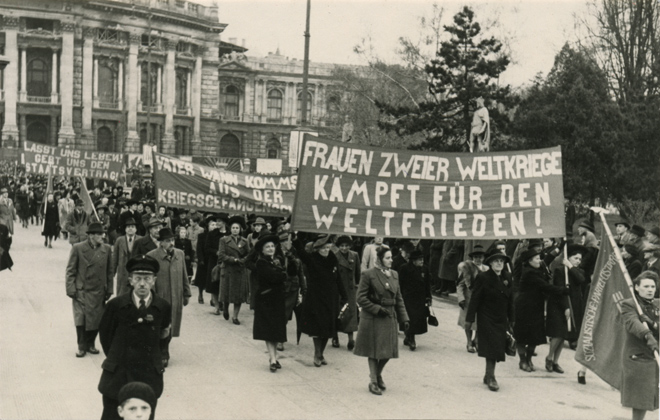 Frauentagsdemonstration 1948 in Wien, Bild: AZ-Archiv