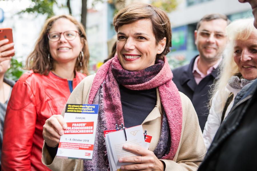 3.10.2018: Pamela Rendi-Wagner wirbt für das Frauenvolksbegehren Foto: SPÖ/Astrid Knie